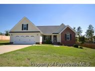 143 Hampshire Ct Raeford NC, 28376