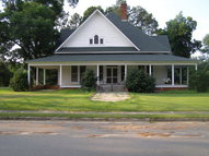 415 E Bay Street Pineview GA, 31071