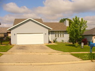 812 South Oak Creek Drive Genoa IL, 60135