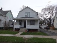 406 E Lincoln Ave Oshkosh WI, 54901