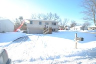 3219 West Beach Drive Mchenry IL, 60050