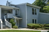 15 Lakeview Dr Manorville NY, 11949