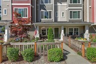 6520 High Point Dr Sw Seattle WA, 98126
