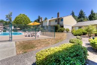 2440 140th Ave Ne #27 Bellevue WA, 98005