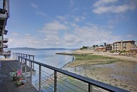 3717 Beach Dr Sw #108 Seattle WA, 98116