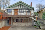 3826 Densmore Ave N Seattle WA, 98103