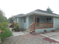 380 Seashore St Ocean Shores WA, 98569