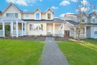3711 Ne 6th St Renton WA, 98056
