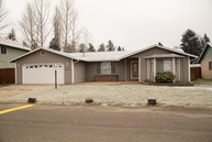 13713 2nd Av Ct E Tacoma WA, 98445