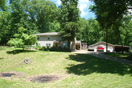 93 Cotton Rd Lake Ozark MO, 65049