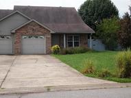 2367 #B Ellsworth Dr - 1st Month Rent Free Clarksville TN, 37043