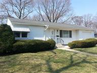 2302 Chancy St Clinton IA, 52732
