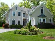11 Creekside Ln West Hartford CT, 06107