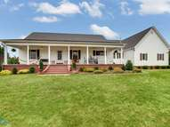 335 Country Cottage Place Bonnerdale AR, 71933