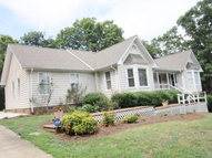 157 Beech Tree Court Eden NC, 27288