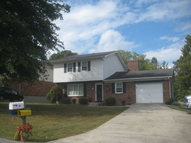 38 Forest Hill Dr Irvine KY, 40336