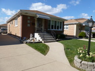 4704 N. Sayre Harwood Heights IL, 60706