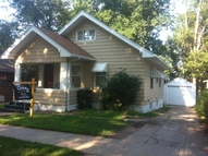 2324 S Royce Sioux City IA, 51106