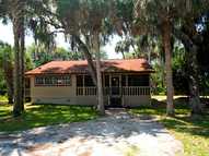 4259 Lake Harney Circle Geneva FL, 32732