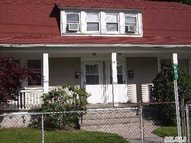 135-137 Pine Hollow Rd Oyster Bay NY, 11771