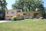 333 Laurel Avenue Libertyville IL, 60048