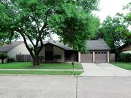 3334 Willow Tree Dr Houston TX, 77066