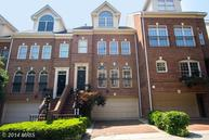 1512 Colonial Court North Arlington VA, 22209