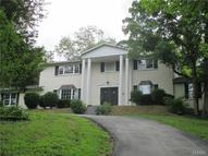 3712 South Lakeshore Byrnes Mill MO, 63051