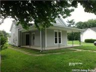 813 6th St Carrollton KY, 41008