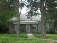 143 West Park St Canton KS, 67428