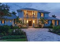 472 Putter Point Dr Naples FL, 34103