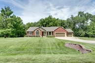 6861 S Mark Twain Dr Derby KS, 67037