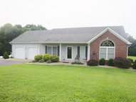 685 Green Creek Dr Glasgow KY, 42141