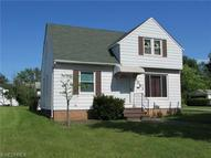 5081 Catherine St Maple Heights OH, 44137