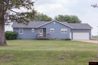 18135 494th Avenue Lake Crystal MN, 56055