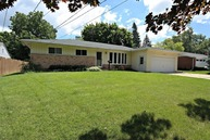 408 Becking Avenue Woodstock IL, 60098
