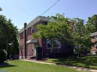 322 Lakeview Dr Ridley Park PA, 19078