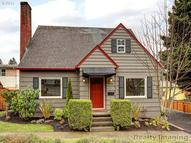 3906 Sw Troy St Portland OR, 97219