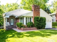 26 Millford Dr Locust Valley NY, 11560