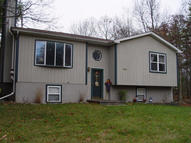 179 Westfall Dr Dingmans Ferry PA, 18328