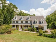48 Lenore Dr Madison CT, 06443