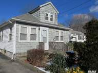 46 Lynch St Huntington Station NY, 11746