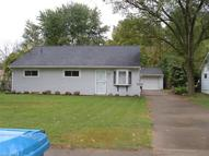 805 East Dr Sheffield Lake OH, 44054