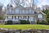 73 Continental Rd West Milford NJ, 07480