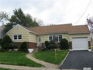 519 Greengrove Ave Uniondale NY, 11553