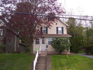 302 Center St Clarks Summit PA, 18411