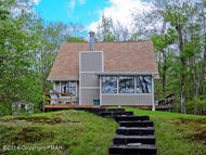 138 Raspberry Dr Canadensis PA, 18325