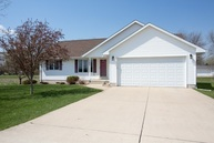 726 Hunter Dr Evansdale IA, 50707