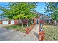 4417 Lower Lake Dr Norman OK, 73072