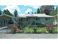 255 Birch St Yoncalla OR, 97499